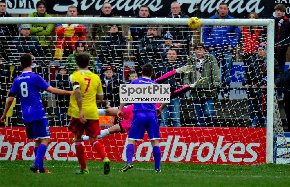 Albion Rovers v Dunfermline Athletic SPFL League One Season 2015/16 Cliftonhill 21 November 2015<br /> Josh Mullens volley beats Sean Murdoch<br /> CRAIG BROWN | sportPix.org.uk