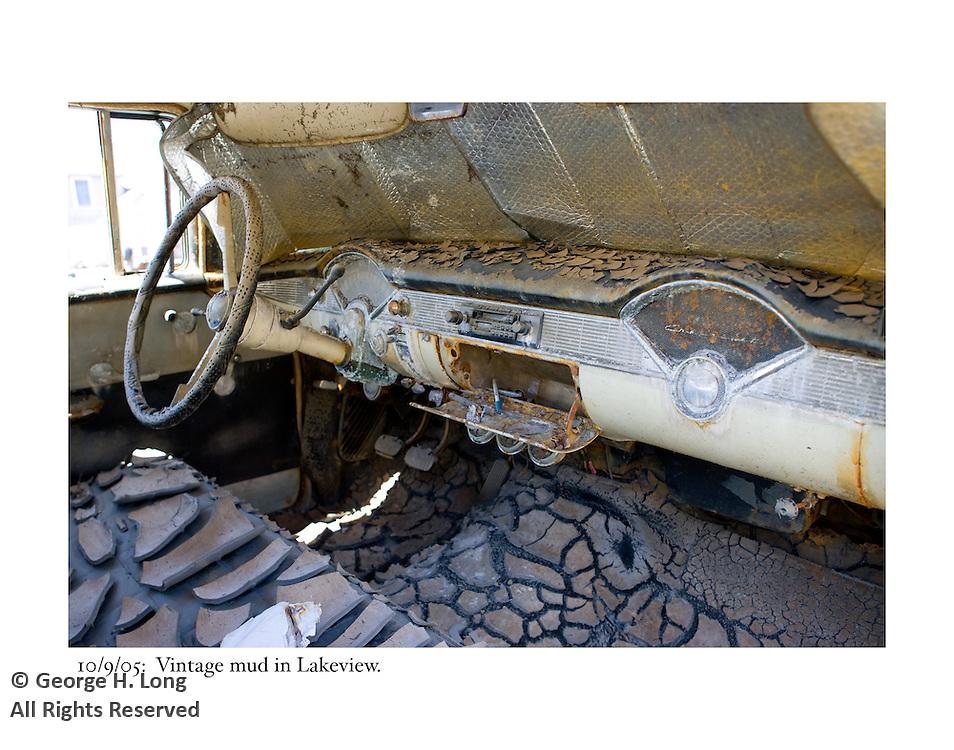 10/9/05:  Vintage mud; Lakeview.