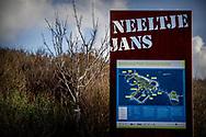VROUWENPOLDER Neeltje Jans De Oosterscheldekering Neeltje Jans is als werkeiland een onderdeel van de Oosterscheldekering. Na het voltooien van de Deltawerken is er op Neeltje Jans een informatie- en attractiepark geopend.  julia brabander