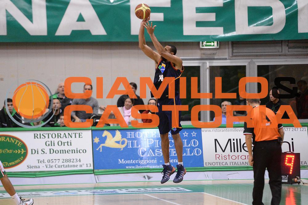 DESCRIZIONE : Siena Lega serie A 2013/14 Montepaschi Siena Acea Virtus Roma<br /> GIOCATORE : Quinton Hosley<br /> CATEGORIA : Three Points Controcampo<br /> SQUADRA : Acea Virtus Roma<br /> EVENTO : Campionato Lega Serie A 2013-2014<br /> GARA : Montepaschi Siena Acea Virtus Roma<br /> DATA : 15/12/2013<br /> SPORT : Pallacanestro<br /> AUTORE : Agenzia Ciamillo-Castoria/GiulioCiamillo<br /> Galleria : Lega Seria A 2013-2014<br /> Fotonotizia : Siena Lega serie A 2013/14 Montepaschi Siena Acea Virtus Roma<br /> Predefinita :
