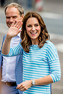 20-7-2017 HEIDELBERG - GERMANY  The Duke and Catherine Duchess of Cambridge Princess Kate and Prince William  visit the Traditional German market