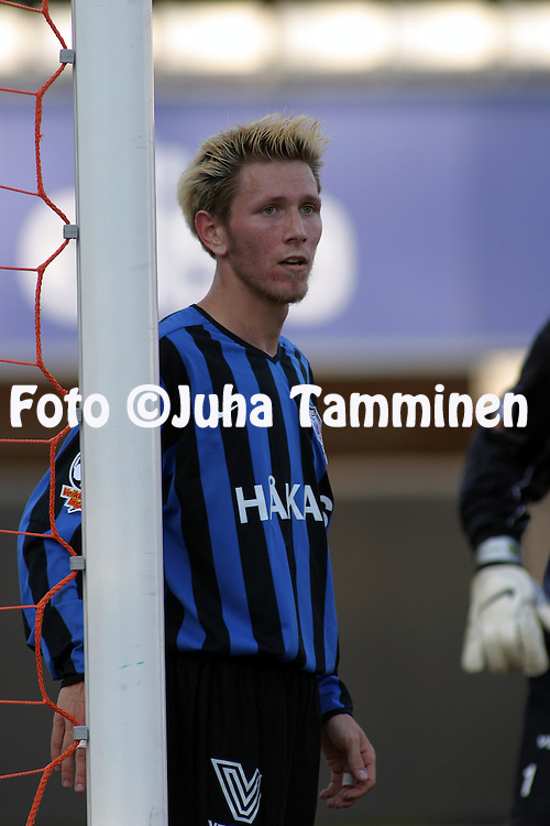 06.05.2004, Pohjola Stadion, Vantaa, Finland..Veikkausliiga 2004 / Finnish League 2004.AC Allianssi v FC Inter Turku.Henri Lehtonen - Inter.©Juha Tamminen
