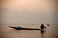 BURMA INLE LAKE MAR95 - Burmese fishermen lay their nets on Inle Lake early in the morning. . . jre/Photo by Jiri Rezac. . © Jiri Rezac 1995. . Contact: +44 (0) 7050 110 417. Mobile: +44 (0) 7801 337 683. Office: +44 (0) 20 8968 9635. . Email: jiri@jirirezac.com. Web: www.jirirezac.com