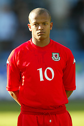 OSLO, NORWAY - Thursday, May 27, 2004:  Wales' Robert Earnshaw pictured before the International Friendly match at the Ullevaal Stadium, Oslo, Norway. (Photo by David Rawcliffe/Propaganda)
