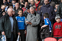 Photo: Tony Oudot.<br />Crystal Palace v Birmingham City. Coca Cola Championship. 17/02/2007.<br />Birmingham City co-owner David Gould signs autographs for the fans before the game