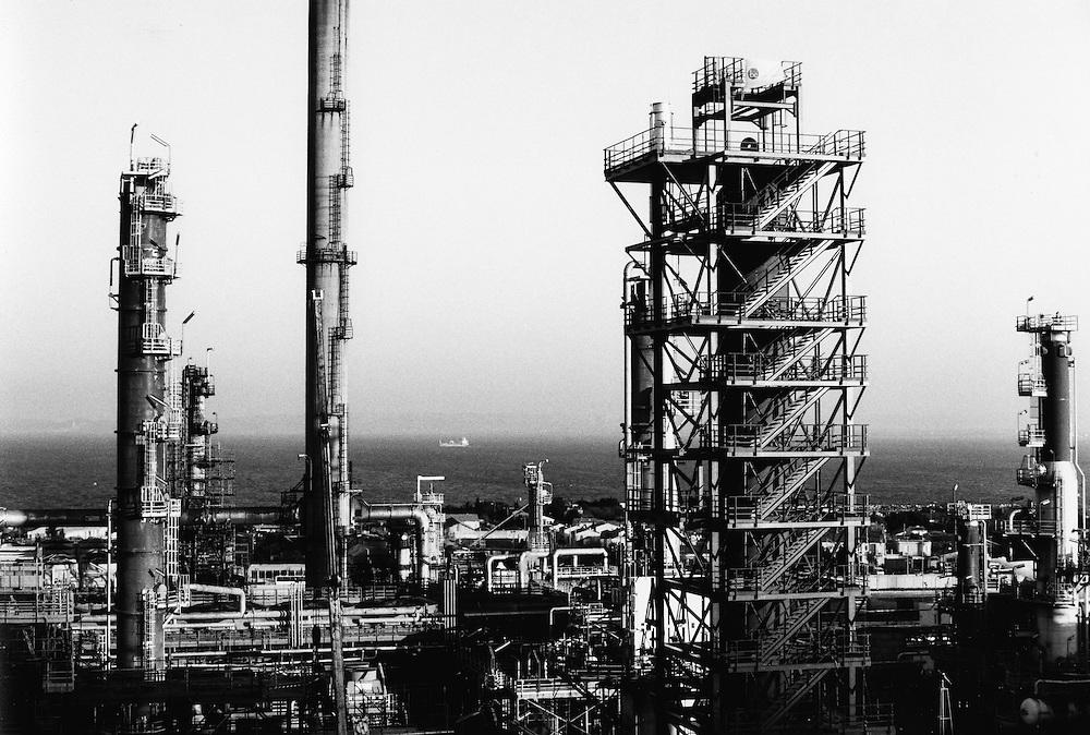 FRA Frankreich France Marseille Arbeiter in der Raffinerie de Provence in der Nähe der französischen Hafenstadt Marseille.