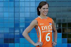 02-06-2010 VOLLEYBAL: NEDERLANDS VROUWEN VOLLEYBAL TEAM: ALMERE<br /> Reportage Nederlands volleybalteam vrouwen / Maret Grothues<br /> ©2010-WWW.FOTOHOOGENDOORN.NL