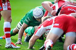 Blair Cowan of London Irish in action at a scrum - Photo mandatory by-line: Patrick Khachfe/JMP - Mobile: 07966 386802 30/11/2014 - SPORT - RUGBY UNION - Reading - Madejski Stadium - London Irish v Gloucester Rugby - Aviva Premiership