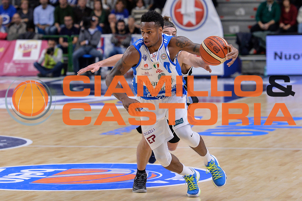 DESCRIZIONE : Campionato 2015/16 Serie A Beko Dinamo Banco di Sardegna Sassari - Dolomiti Energia Trento<br /> GIOCATORE : MarQuez Haynes<br /> CATEGORIA : Palleggio Penetrazione<br /> SQUADRA : Dinamo Banco di Sardegna Sassari<br /> EVENTO : LegaBasket Serie A Beko 2015/2016<br /> GARA : Dinamo Banco di Sardegna Sassari - Dolomiti Energia Trento<br /> DATA : 06/12/2015<br /> SPORT : Pallacanestro <br /> AUTORE : Agenzia Ciamillo-Castoria/L.Canu