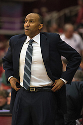 Stanford head coach Johnny Dawkins during the first half of an NCAA college basketball game against Colorado in Stanford, Calif., Sunday, Jan. 3, 2016. Colorado won 56-55. (AP Photo/Jason O. Watson)