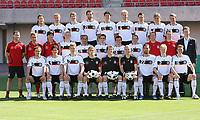 Fotball<br /> Tyskland - Portrett / Portretter<br /> Foto: Witters/Digitalsport<br /> NORWAY ONLY<br /> <br /> 29.05.2008<br /> <br /> oben v.l. Torsten Frings, Thomas Hitzlsperger, Arne Friedrich, Christoph Metzelder, Michael Ballack, Simon Rolfes, Miroslav Klose, Clemens Fritz, Lukas Podolski <br /> Mitte v.l. Fitness-Trainer Shad Forsythe, Co-Trainer Hansi Flick, Trainer Joachim Loew, Bastian Schweinsteiger, David Odonkor, Philipp Lahm, Piotr Trochowski, Oliver Neuville, Torwart-Trainer Andreas Koepke, Fitness-Trainer Oliver Schmidtlein, Manager Oliver Bierhoff <br /> vorne v.l. Heiko Westermann, Mario Gomez, Per Mertesacker, Rene Adler, Jens Lehmann, Robert Enke, Kevin Kuranyi, Marcell Jansen, Tim Borowski<br /> Lagbilde Tyskland