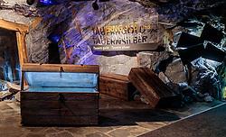 THEMENBILD - die Dauerausstellung Gipfelwelt 3000 im inneren des Berges aufgenommen am 14. April 2017 am Kitzsteinhorn Gletscher, Kaprun Österreich // The permanent exhibition Gipfelwelt 3000 in a mine shaft goes through the Kitzsteinhorn peak with info stations at the Kitzsteinhorn Glacier Ski Resort, Kaprun Austria on 2017/04/14. EXPA Pictures © 2017, PhotoCredit: EXPA/ JFK