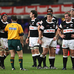 Jonathan Kaplan has a word or 2 with sharks Jacques Botes<br /> ABSA Currie Cup Premier Div k/o 19.05<br /> Friday 25th September 2009<br /> Sharks vs Platinum Leopards<br /> Kings Park Absa stadium