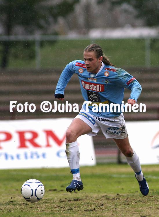 05.05.2007, Pori..Kakkonen 2007, lohko B.Porin Palloilijat - KOO-VEE Tampere.Ville Harittu - PoPa.©Juha Tamminen.....ARK:k.