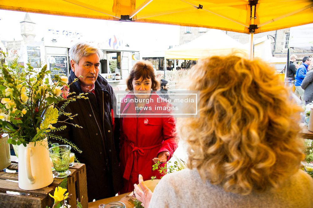 Pictured: Ian Gray and Sarah Boyack visited the Sweet Pea Studio stall to check out their wares<br /> <br /> The former Scottish Labour leader Iain Gray joined colleague Sarah Boyack activists and supporters at a street stall at Stockbridge Market. <br /> Ger Harley | EEm 10 April 2016