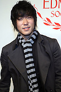 Aaron Yoo at the The Edmont Society Affair:  A Benefit for Reader and Writers with a performance by Common and Maya Angelou held at The Friars Club on October 27,, 2008