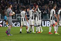 17.02.2017 - Torino - Serie A 2016/17 - 25a giornata  -  Juventus-Palermo nella  foto: L'esultanza dei giocatori della Juventus dopo il gol del 4 a 0