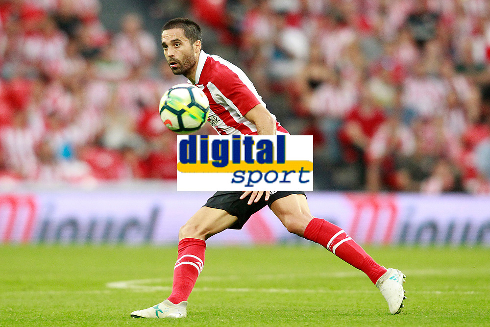 Athletic Club de Bilbao's Xavier Etxeita during Europa League Third Qualifying Round, 2nd leg. April 5,2012. (ALTERPHOTOS/Acero)