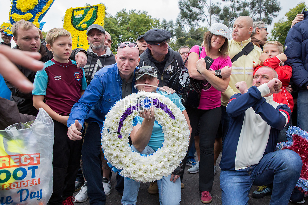 Brighton & Hove Albion Football Club wreath during the Football Lads Alliance march between Park Lane and Westminster Bridge, London on 7 October 2017. Photo by Phil Duncan.