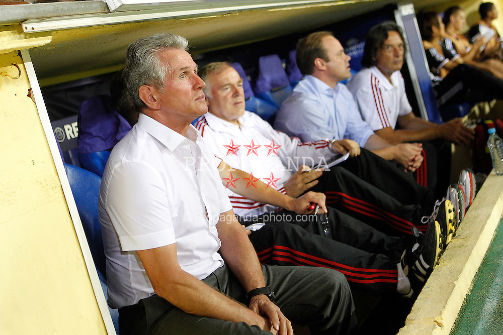 14.09.2011, Estadio El Madrigal, Villareal, ESP, UEFA CL, Villareal CF v FC Bayern Muenchen, im Bild FC Bayern Munchen's coach Jupp Heynckes during UEFA Champions League match.September 14,2011. EXPA Pictures © 2011, PhotoCredit: EXPA/ Alterphoto/ Acero +++++ ATTENTION - OUT OF SPAIN/(ESP) +++++