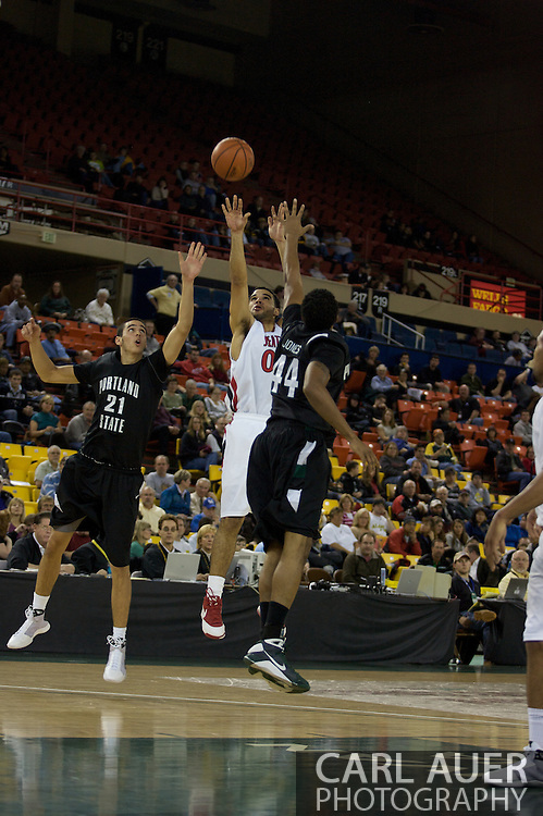 November 29th, 2008:  Anchorage, Alaska - Seattle University forward Mike Boxley (00) shoots over the Portland State defense in the third place game on the final day of the Great Alaska Shootout.