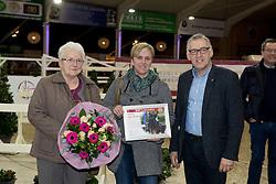 Tolano van 't Riethof, familie Dieleman, <br /> Huldiging BWP Ambassadeurs<br /> Hengsten keuring BWP - Koningshooikt 2017<br /> © Dirk Caremans<br /> 27/12/2016
