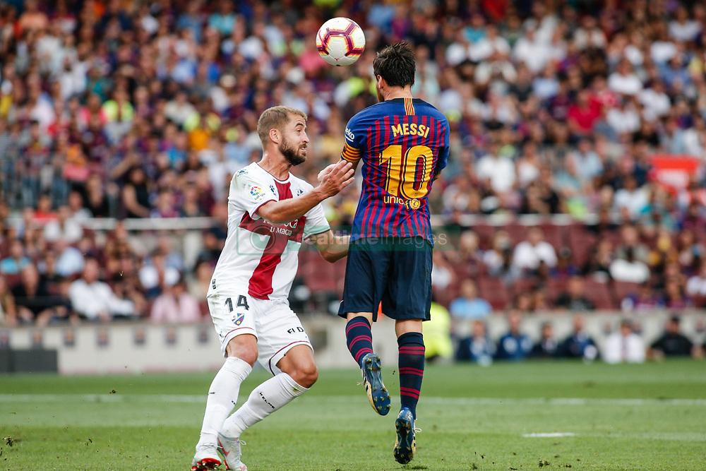 صور مباراة : برشلونة - هويسكا 8-2 ( 02-09-2018 )  20180902-zaa-a181-033