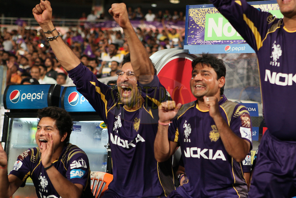 KKR dugout celebrating KKR's win during the first qualifier match (QF1) of the Pepsi Indian Premier League Season 2014 between the Kings XI Punjab and the Kolkata Knight Riders held at the Eden Gardens Cricket Stadium, Kolkata, India on the 28th May  2014<br /> <br /> Photo by Saikat Das / IPL / SPORTZPICS<br /> <br /> <br /> <br /> Image use subject to terms and conditions which can be found here:  http://sportzpics.photoshelter.com/gallery/Pepsi-IPL-Image-terms-and-conditions/G00004VW1IVJ.gB0/C0000TScjhBM6ikg