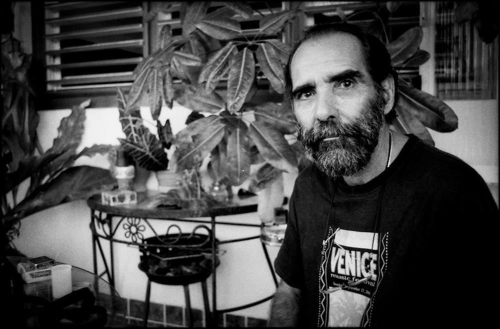 PORTRAITS / RETRATOS<br /> <br /> Jos&eacute; A. Figueroa<br /> Fot&oacute;grafo Cubano<br /> La Habana - Cuba 2007<br /> <br /> (Copyright &copy; Aaron Sosa)