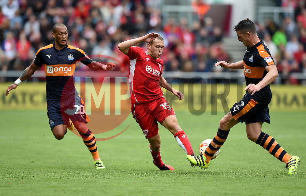 Luke Freeman of Bristol City battles for the ball with Ciaran Clark of Newcastle United  - Mandatory by-line: Joe Meredith/JMP - 20/08/2016 - FOOTBALL - Ashton Gate - Bristol, England - Bristol City v Newcastle United - Sky Bet Championship