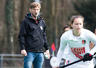 BILTHOVEN - hoofdklasse competitie dames, SCHC-Amsterdam (1-3). assistent-coach Robert Tigges (A'dam) COPYRIGHT KOEN SUYK