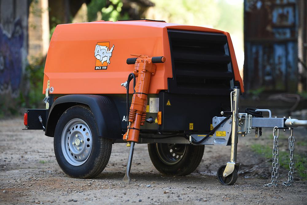 APT (American Pneumatic Tools) Compressor and Tools.