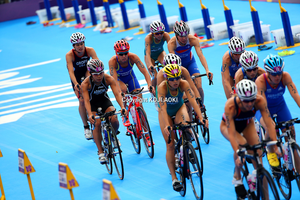 Mariko Adachi (JPN),<br /> AUGUST 4, 2012 - Triathlon : <br /> Women's <br /> at Hyde Park <br /> during the London 2012 Olympic Games in London, UK. <br /> (Photo by Koji Aoki/AFLO SPORT) [0008]