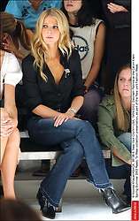 © Nicolas Khayat/ABACA. 38138-9. New York City-NY-USA, 19/09/2002. Gwyneth Paltrow at the Calvin Klein Spring-Summer 2003 Ready To Wear collection presentation, as part of the New york Fashion Week.  | 38138_09