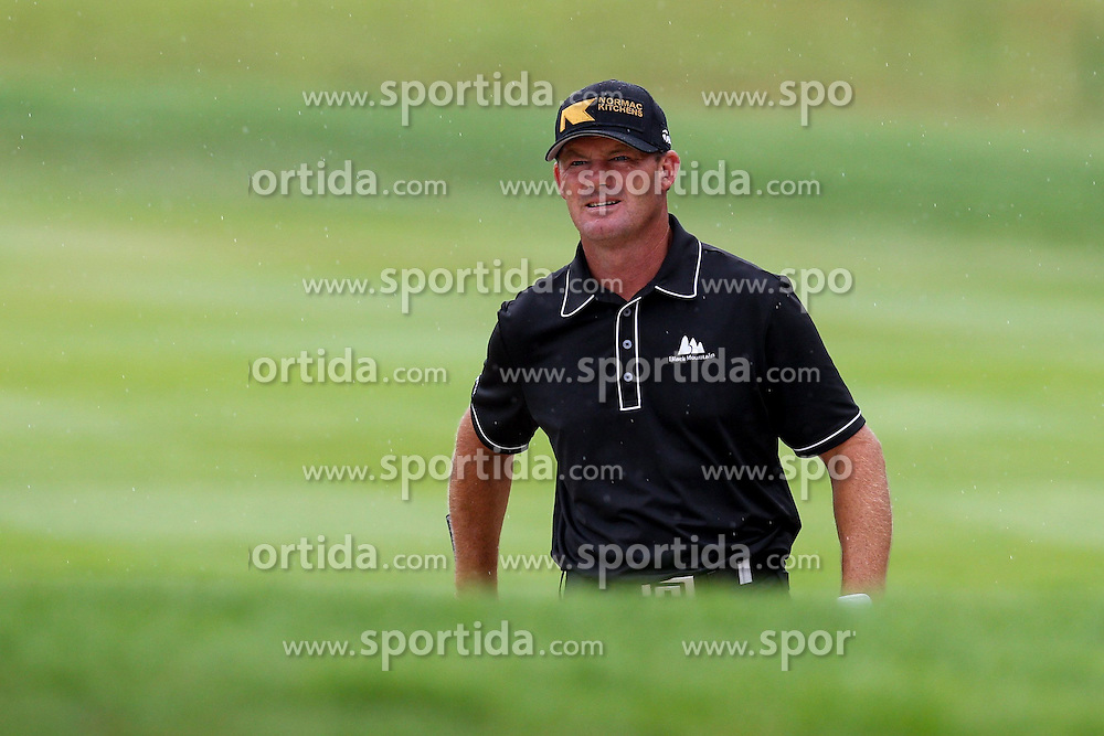 28.06.2014, Golf Club Gut Laerchenhof, Pulheim, GER, BNW International Golf Open, im Bild Alex Cejka (GER) schlaegt aus dem Bunker, Sand // during the International BMW Golf Open at the Golf Club Gut Laerchenhof in Pulheim, Germany on 2014/06/28. EXPA Pictures &copy; 2014, PhotoCredit: EXPA/ Eibner-Pressefoto/ Kolbert<br /> <br /> *****ATTENTION - OUT of GER*****
