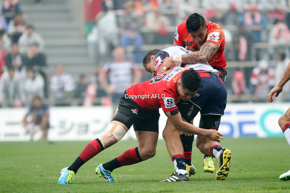 (L to R) Yu Tamura (Sunwolves),  Tusi Pisi (Sunwolves),<br /> MARCH 19, 2016 - Rugby : Super Rugby match between Sunwolves 9-35 Melbourne Rebels at Prince Chichibu Memorial Stadium in Tokyo, Japan. (Photo by AFLO)