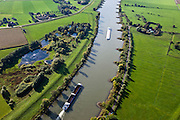 Nederland, Gelderland, Gemeente Arnhem, 03-10-2010; scheepvaartverkeer op de IJssel, ter hoogte van Velp met de uiterwaarden Velperwaarden en Velperbroek. .Shipping on the river IJssel, near Velp with floodplains Velperwaarden Velperbroek..luchtfoto (toeslag), aerial photo (additional fee required).foto/photo Siebe Swart