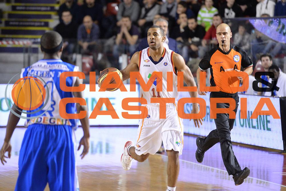 DESCRIZIONE : Campionato 2013/14 Acea Virtus Roma - Dinamo Banco di Sardegna Sassari<br /> GIOCATORE : Jordan Taylor<br /> CATEGORIA : Palleggio<br /> SQUADRA : Acea Virtus Roma<br /> EVENTO : LegaBasket Serie A Beko 2013/2014<br /> GARA : Acea Virtus Roma - Dinamo Banco di Sardegna Sassari<br /> DATA : 26/12/2013<br /> SPORT : Pallacanestro <br /> AUTORE : Agenzia Ciamillo-Castoria / GiulioCiamillo<br /> Galleria : LegaBasket Serie A Beko 2013/2014<br /> Fotonotizia : Campionato 2013/14 Acea Virtus Roma - Dinamo Banco di Sardegna Sassari<br /> Predefinita :