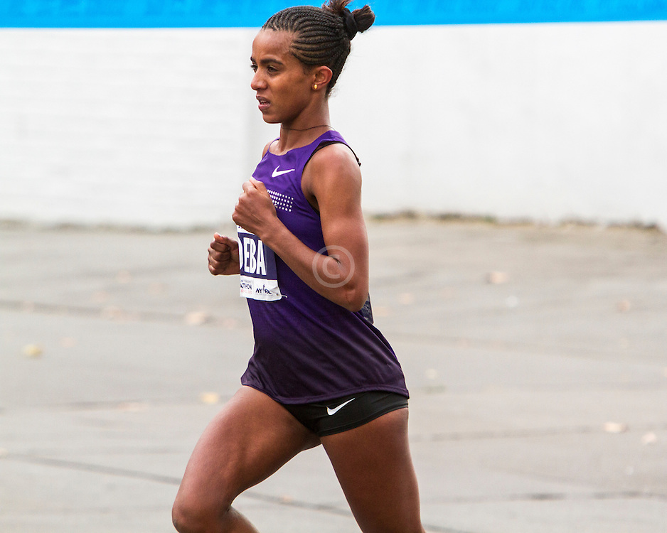 ING New York City Marathon: Buzenesh Deba, Ethiopia, leads race