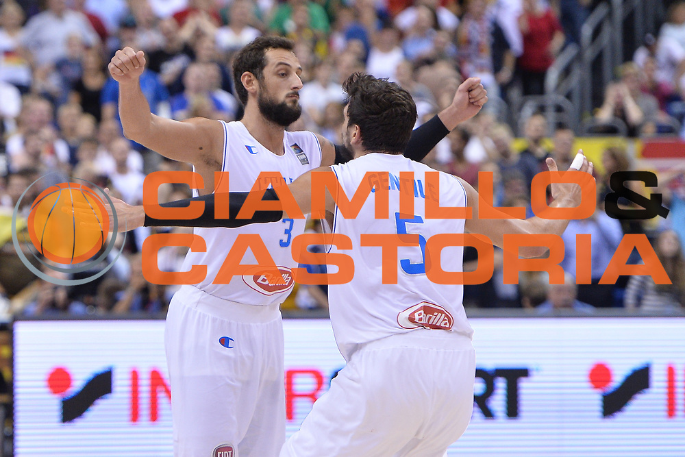 DESCRIZIONE : Berlino Berlin Eurobasket 2015 Group B Italy Germany <br /> GIOCATORE :  Alessandro Gentile Marco Belinelli<br /> CATEGORIA : Esultanza<br /> SQUADRA :Italy<br /> EVENTO : Eurobasket 2015 Group B <br /> GARA : Italy Germany <br /> DATA : 09/09/2015 <br /> SPORT : Pallacanestro <br /> AUTORE : Agenzia Ciamillo-Castoria/I.Mancini <br /> Galleria : Eurobasket 2015 <br /> Fotonotizia : Berlino Berlin Eurobasket 2015 Group B Italy Germany
