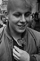 Marcher with his pet rat. Peoples March for Jobs, Yorkshire and Liverpool to London. entering Trafalgar Square 31/05/1981