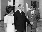 President DeValera Welcomes Governor Reagan..1972..18.07.1972..07.18.1972..18th July 1972..On his visit to Ireland,Governor Ronald Reagan of California,was greeted at Áras an Uachtaráin by the President, Mr Eamon DeValera. Governor Reagan was accompanied by his wife Nancy...Pictured on the steps of Áras an Uachtaráin,President Eamon Devalera expresses a point of view to Governor and Mrs Reagan.
