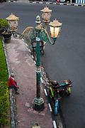 Een oude lantaarnpaal uit het Nederlands Indische tijdperk , Jogjakarta