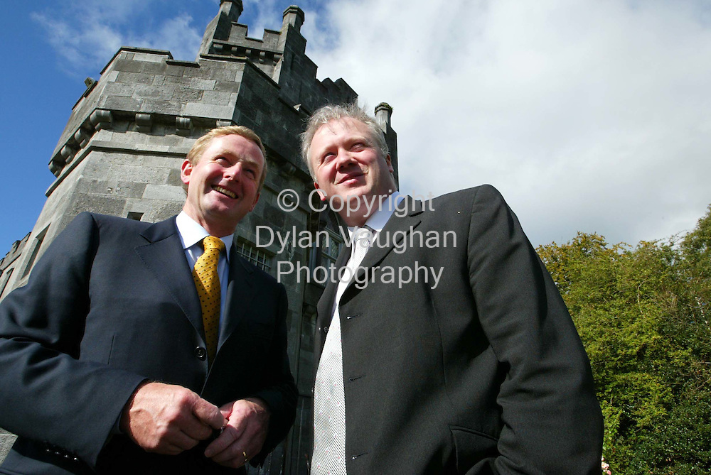 23/9/2004.Pictured yesterday at the Fine Gael Parlimentary meeting at the Parade Towers in Kilkenny Castle was from left Enda Kenny Leader of Fine Gael and Dr Liam Twomey..Picture Dylan Vaughan