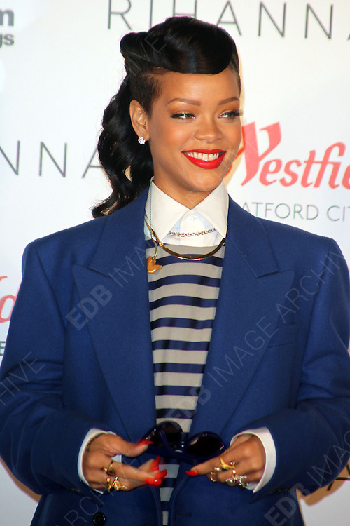 19.NOVEMBER.2012. LONDON<br /> <br /> RIHANNA SWITCHES ON THE CHRISTMAS LIGHTS AT WESTFIELD SHOPPING CENTRE, STRATFORD.<br /> <br /> BYLINE: EDBIMAGEARCHIVE.CO.UK<br /> <br /> *THIS IMAGE IS STRICTLY FOR UK NEWSPAPERS AND MAGAZINES ONLY*<br /> *FOR WORLD WIDE SALES AND WEB USE PLEASE CONTACT EDBIMAGEARCHIVE - 0208 954 5968*