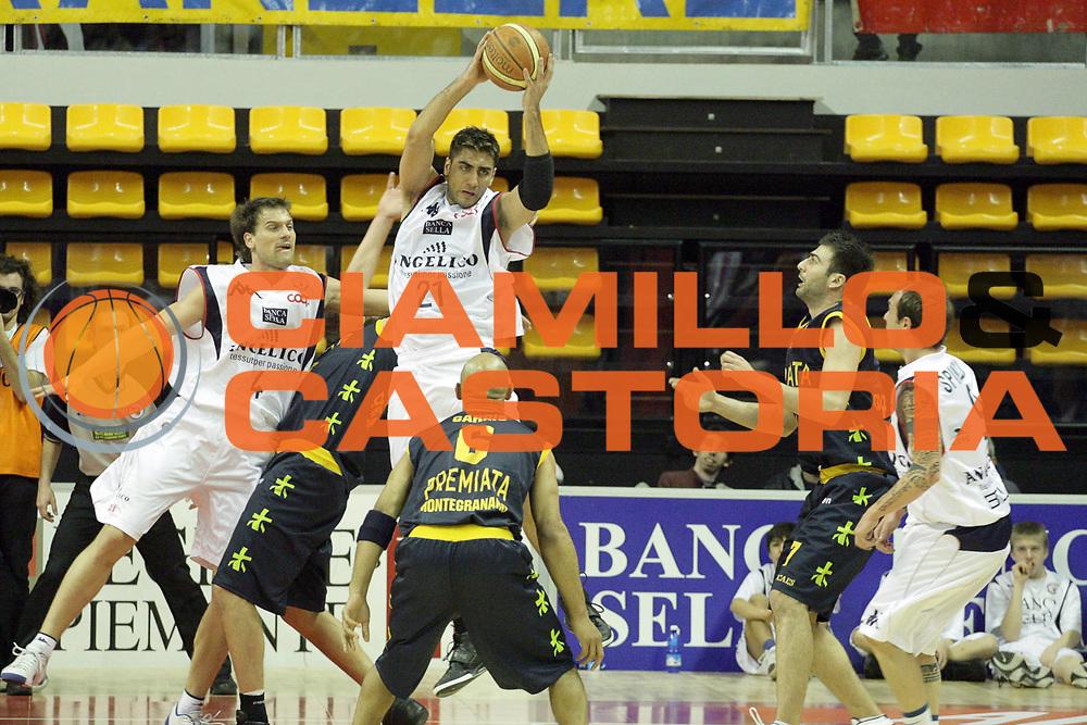 DESCRIZIONE : Biella Lega A1 2008-09 Angelico Biella Premiata Montegranaro<br /> GIOCATORE : Pietro Aradori<br /> SQUADRA : Angelico Biella<br /> EVENTO : Campionato Lega A1 2008-2009<br /> GARA : Angelico Biella Premiata Montegranaro<br /> DATA : 01/03/2009<br /> CATEGORIA : Rimbalzo<br /> SPORT : Pallacanestro<br /> AUTORE : Agenzia Ciamillo-Castoria/S.Ceretti