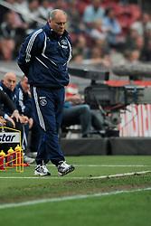 25-04-2010 VOETBAL: AJAX - FEYENOORD: AMSTERDAM<br /> De eerste wedstrijd in de bekerfinale is gewonnen door Ajax met 2-0 / Martin Jol<br /> ©2010-WWW.FOTOHOOGENDOORN.NL