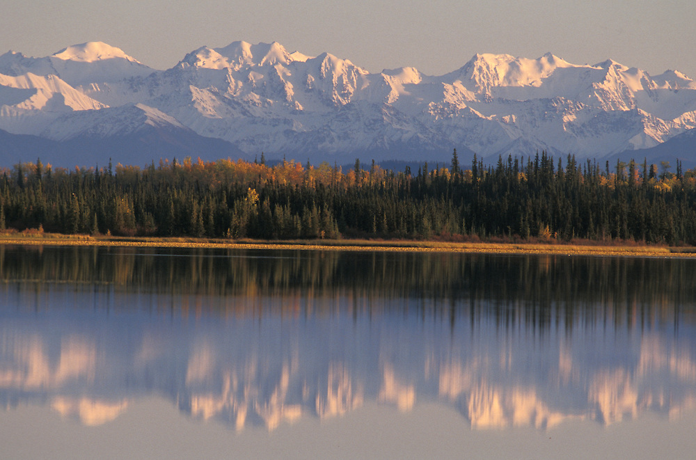 Wrangell Mountains, Deadman Lake, Alaska, USA