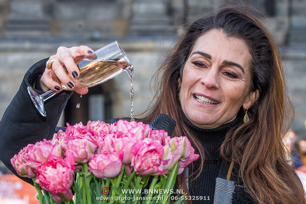 NLD/Amsterdam/20190119 - Nationale Tulpendag 2019, doop tulp Quinty Trustfull, Quinty trustfull doopt haar Tulp