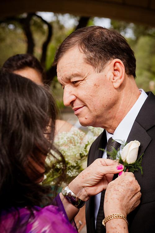 10/9/11 3:35:41 PM -- Zarines Negron and Abelardo Mendez III wedding Sunday, October 9, 2011. Photo©Mark Sobhani Photography